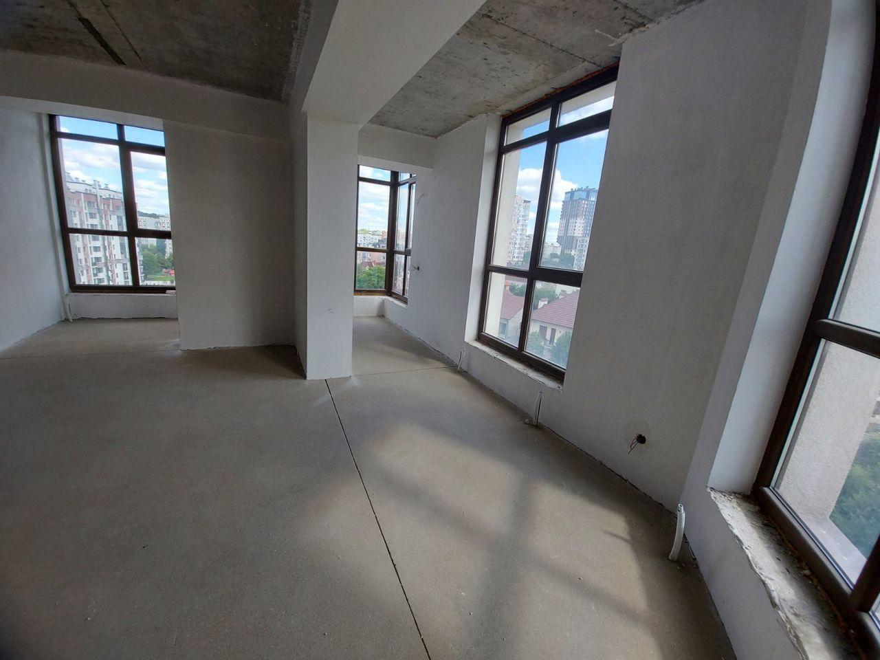 Apartament 2 odăi str.Ivan Zaikin panoramă variantă albă 82 m2