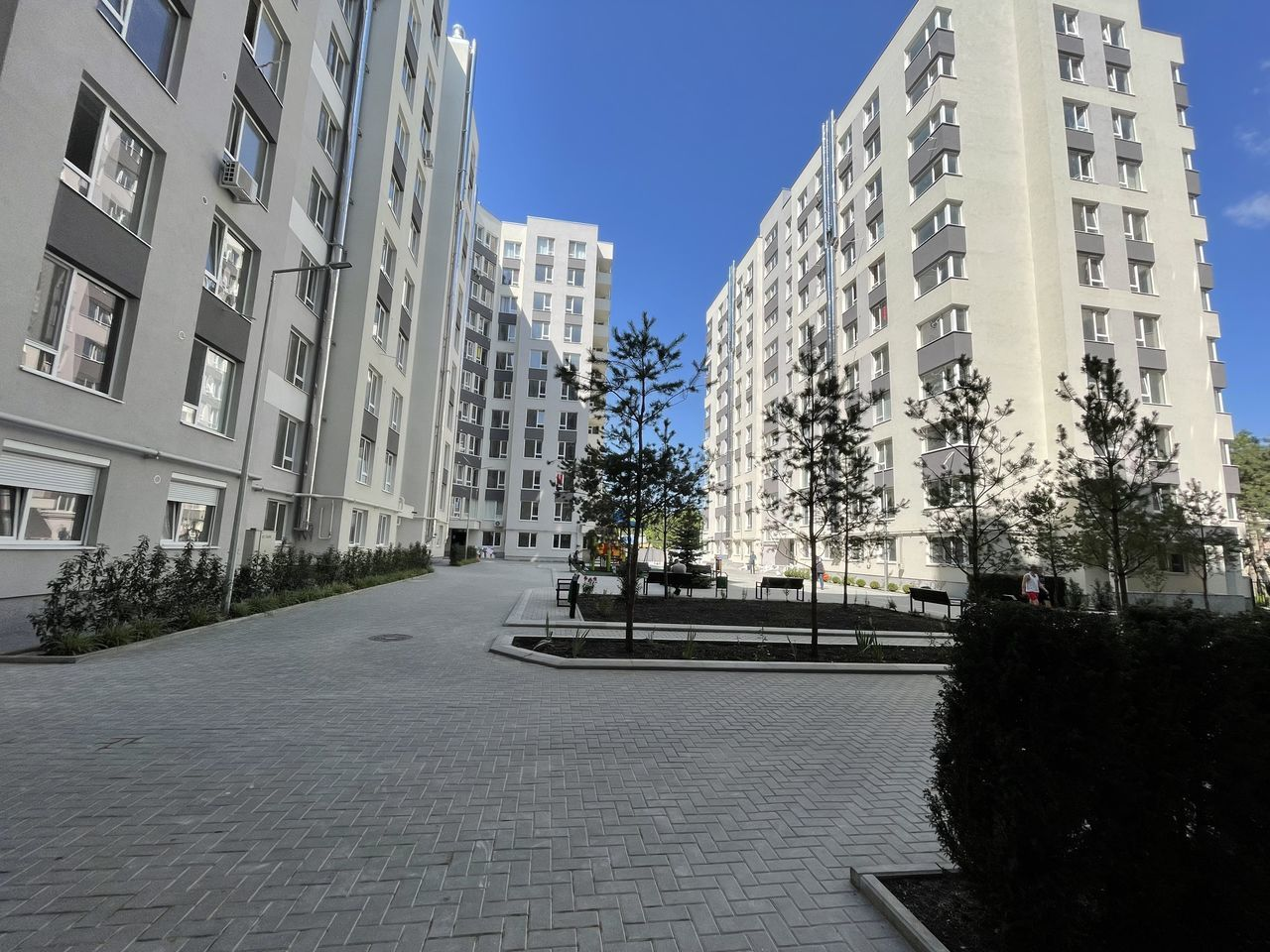 Vânzare 2 camere variantă albă bloc nou, autonomă, sect. Râșcani str. Andrei Doga de mijloc