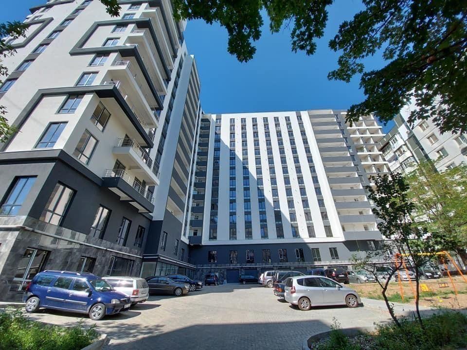 Inamstro str.Mircea cel Batrin! Apartament 79,9 m.p!