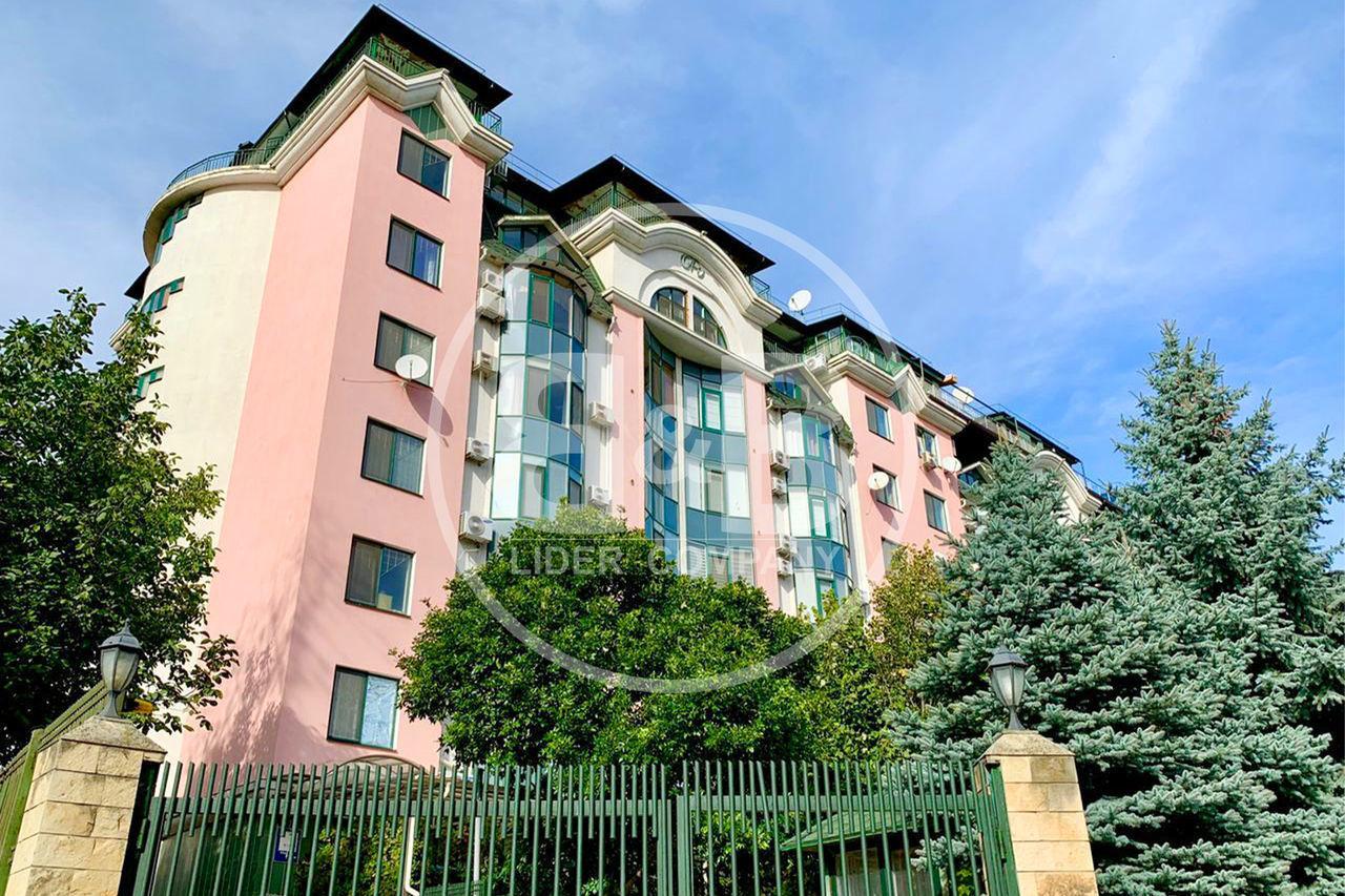 Bloc de clasa Premium ! Apartament cu 2 camere separate 100 m.p !
