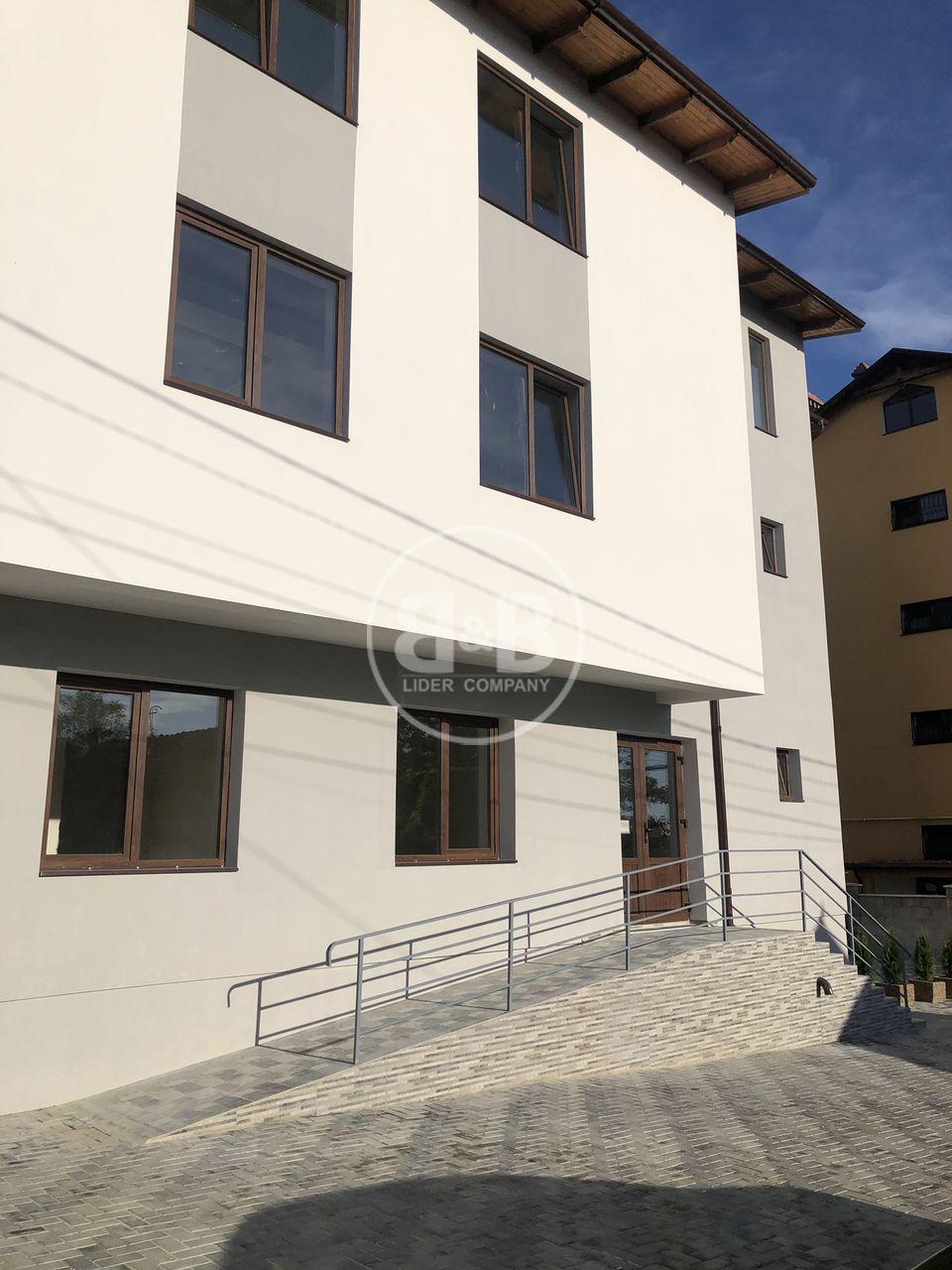 Variantă albă Durlești str-la Iașului! Apartament cu 2 camere+living!
