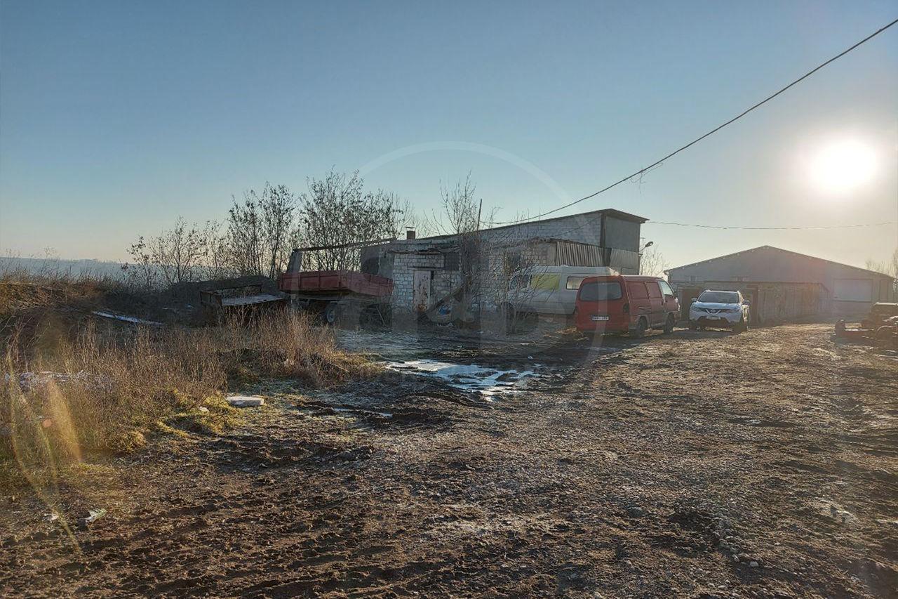 Se vinde teren amplasat în Stăuceni cu suprafața de 10 ari