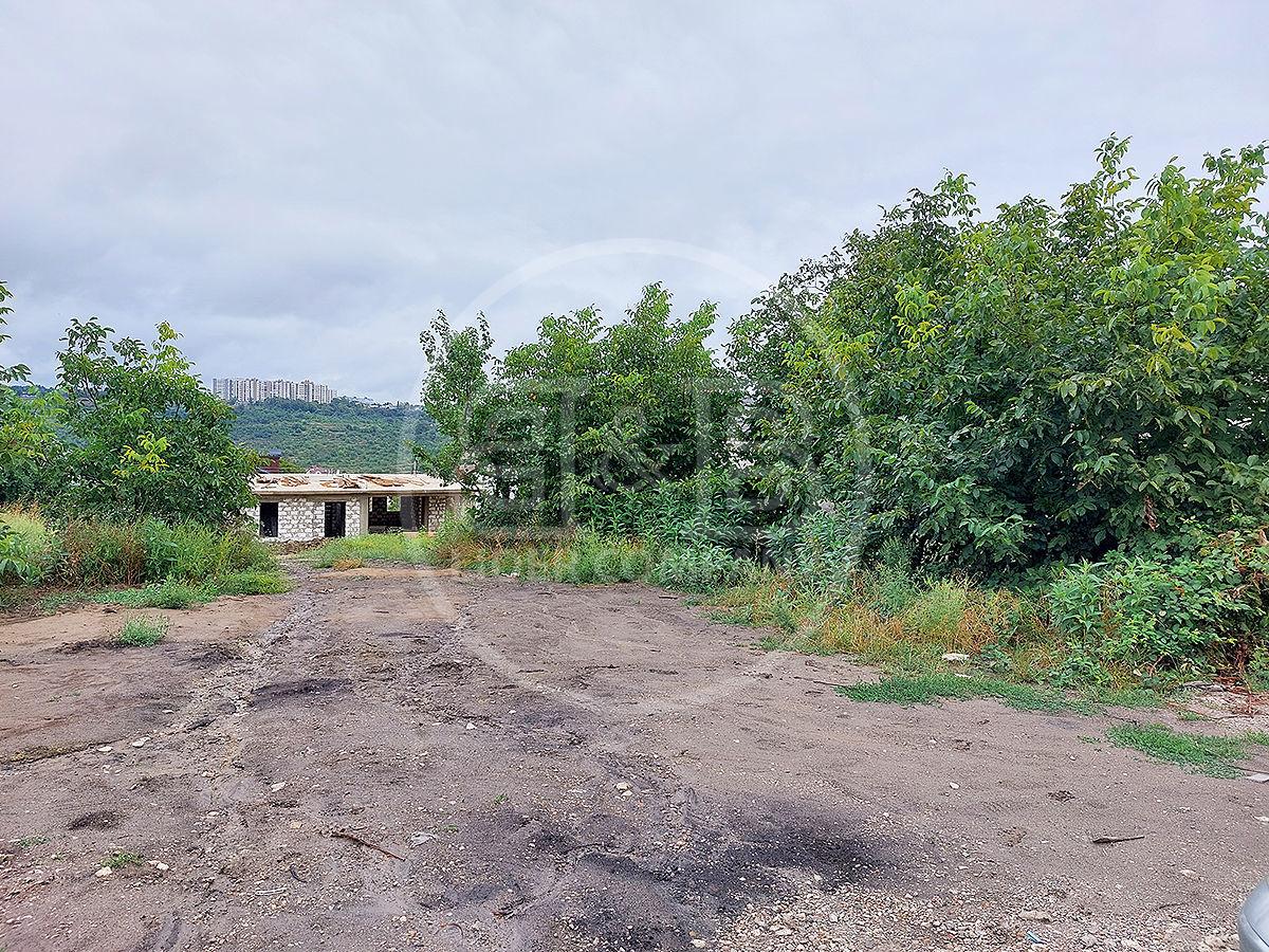 Se vinde lot de pământ amplasat intr-o zonă liniștită 6 ari pentru Construcție Telecentru