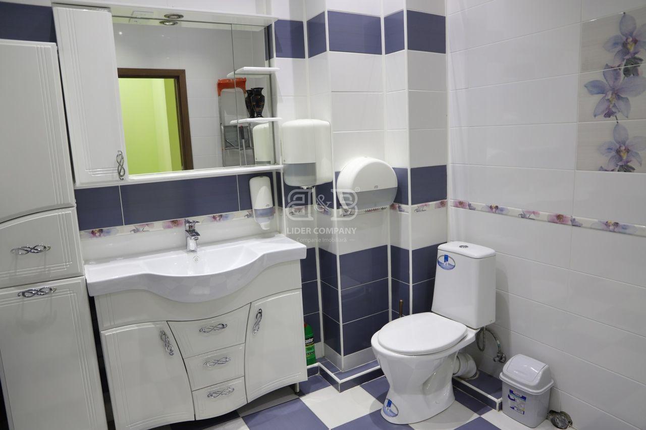 Apartament cu 4 camere 111 m2 reparat, întrare separată Centru , str. Albișoara Dansicons 784 €/ m2