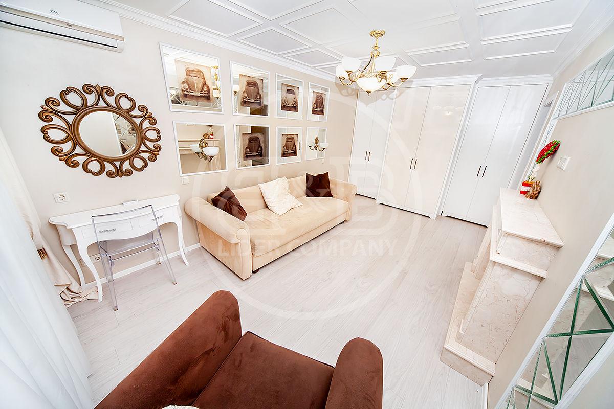 Botanica str. Hristo Botev, Apartament cu 2 camere separate mobilat reparat