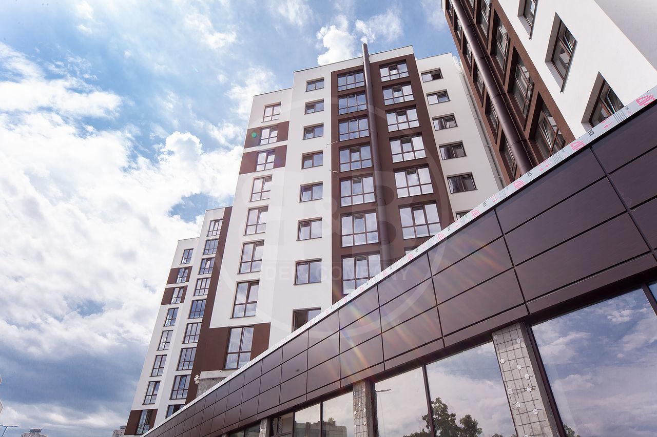 Spațiu Comercial cu suprafata de 111 m2 la parter,Decebal Avenue Residence !