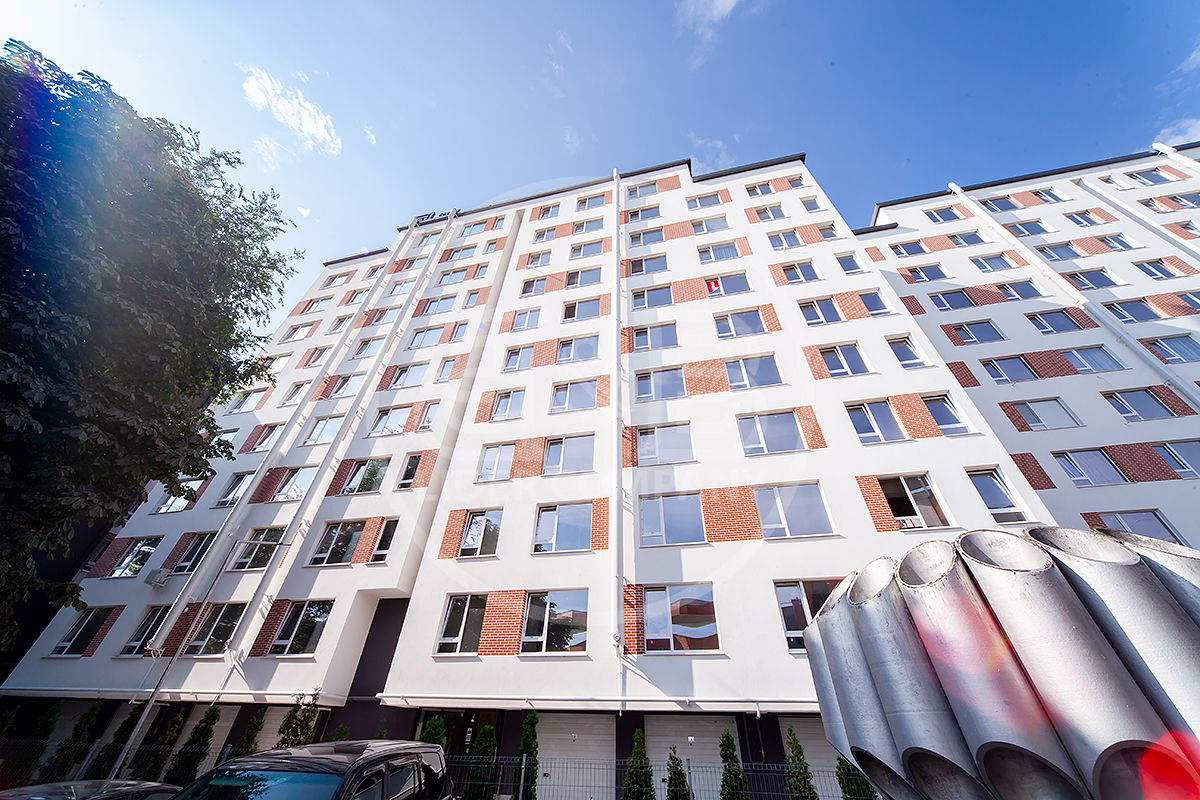 Botanica str. Vorniceni! Apartament cu 3 camere separate! Variantă albă!