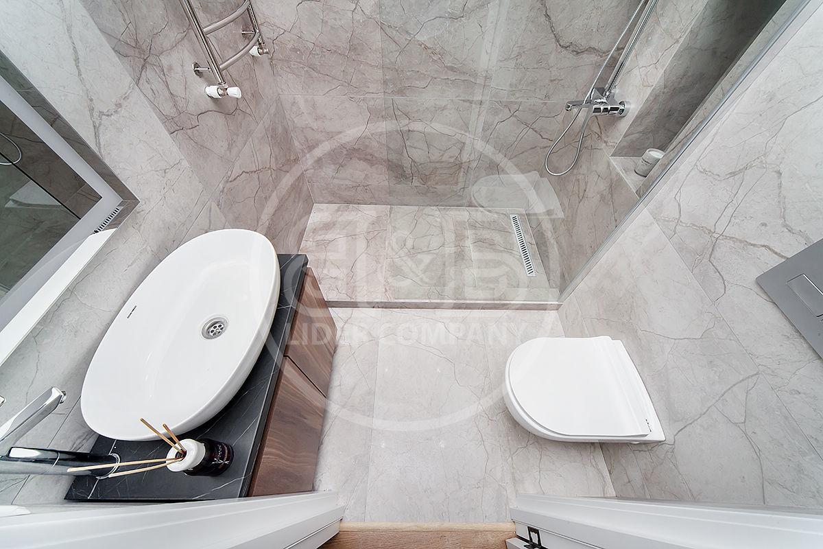 Apartament euro reparație !!! cu 1 cameră + living str. Vorniceni !! Centru!